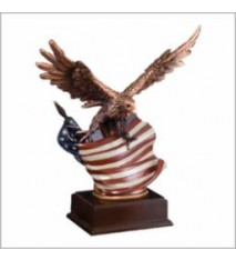 "EAGLE WITH FLAG 10"" WING"